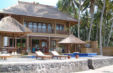 Jimbaran Family Rental Villa with Pool Fence